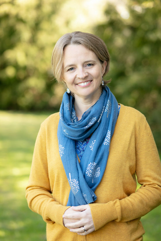 Dr Kirsty Pakes, Parenting Consultant and Clinical Psychologist